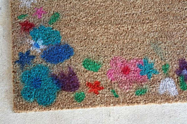 Airbrushed flower doormat kid-friendly project