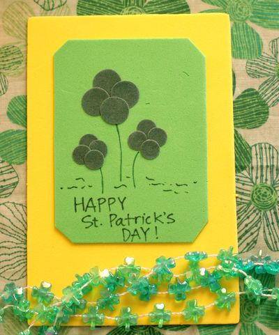 Green Felt Circles Shamrock Craft