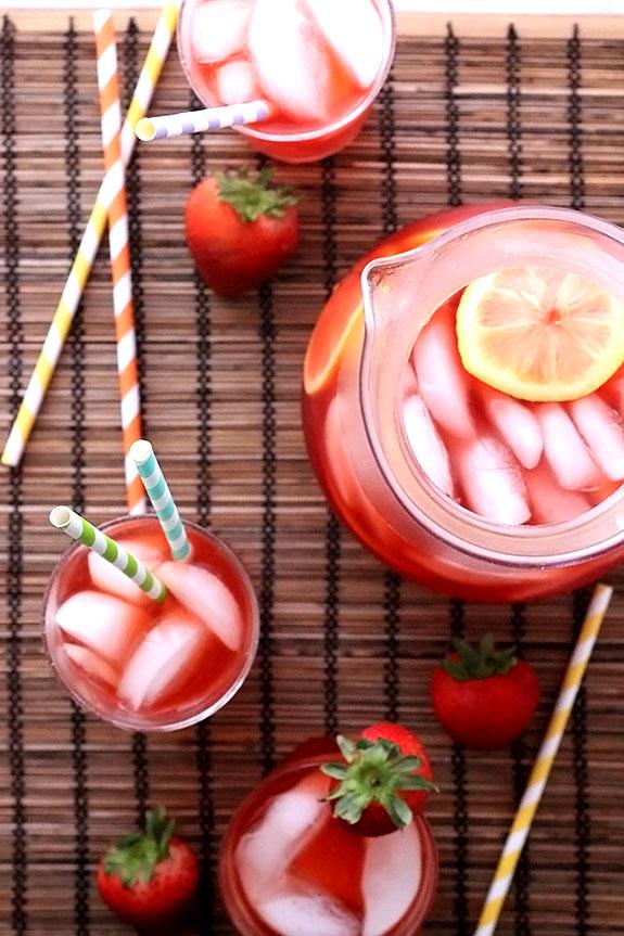 Strawberry Lemonade Iced Tea for Summer