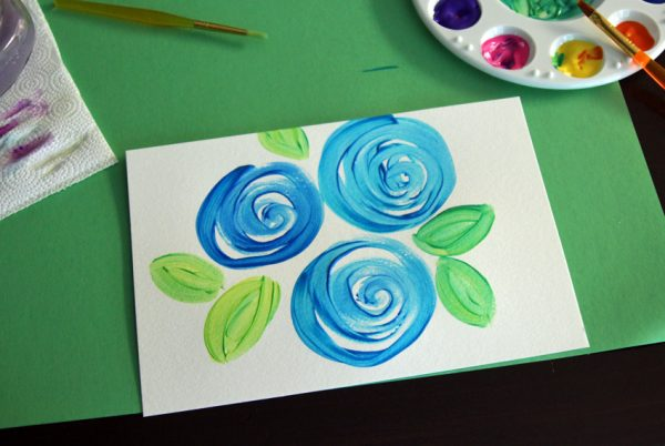 Swirly flowers and leaves painting