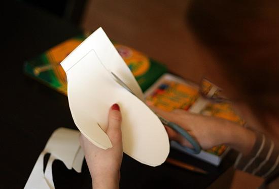 Cutting paper mittens