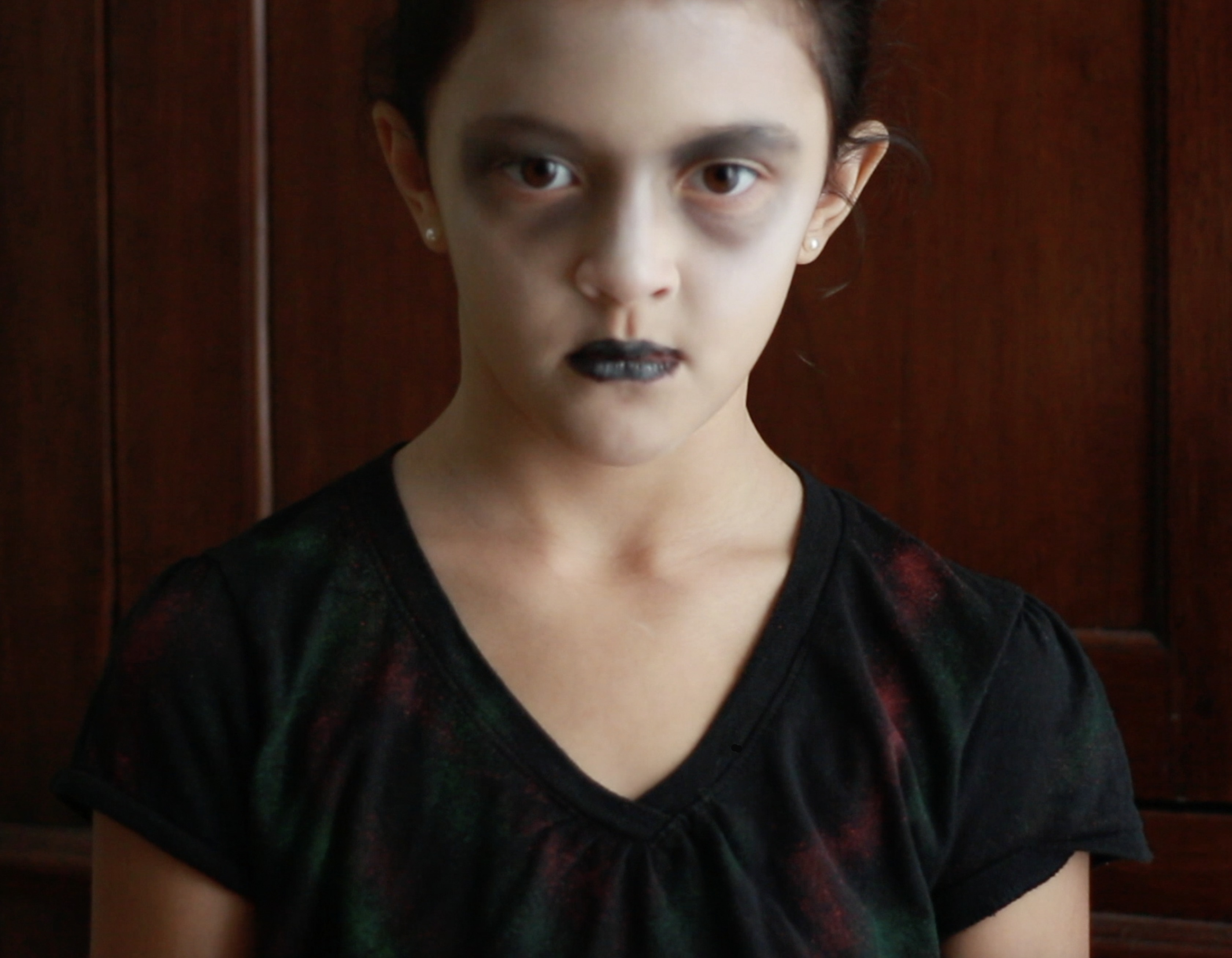 Zombie t-shirt and makeup