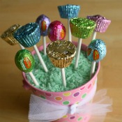 Turn Your Easter Candy into Lollipops