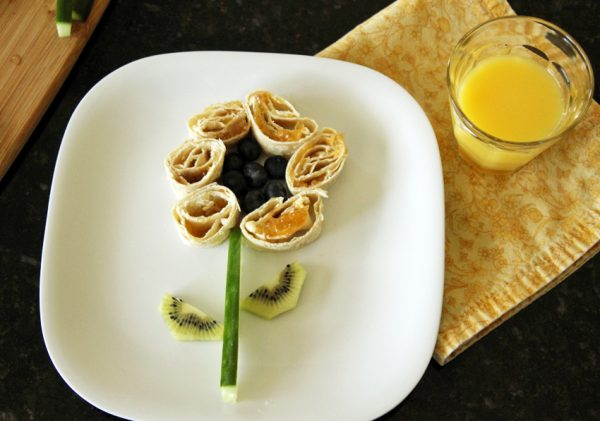 Cute spring meal for kids: tortilla pinwheel flower