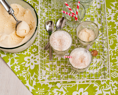 Eggnog Ice Cream Floats
