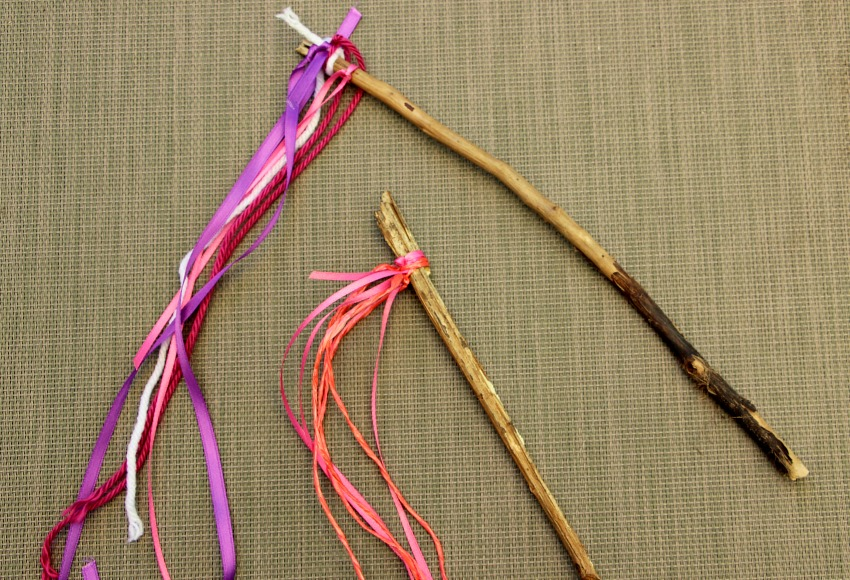 Easy stick wind streamers kids can make this summer!