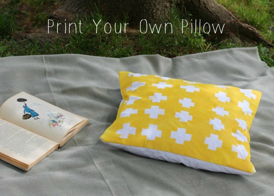 Criss-Cross Printed Pillow Cover
