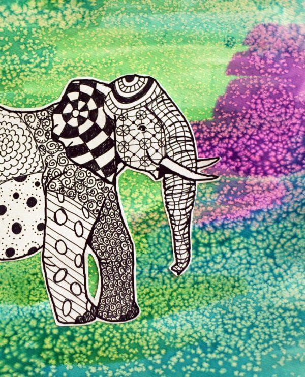 Zentangle elephant & watercolor background